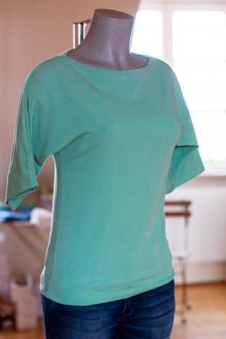 Smaragdfarbener Sweater