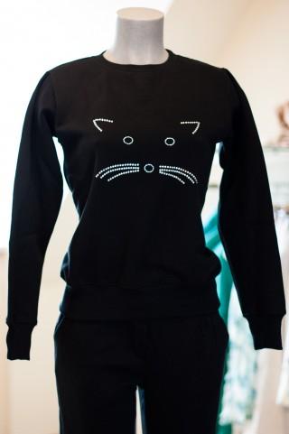 schwarzer Sweater mit Glitzer Pailletten