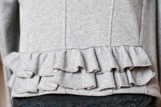 graumelierte Jerseyjacke mit Schösschen